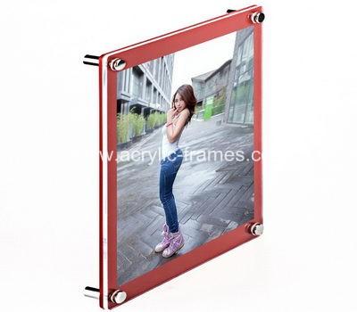 20 x 20 floating frame