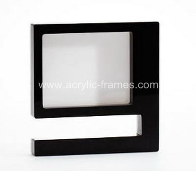 9 picture frame